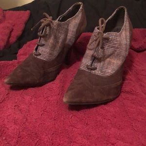 Guess loafer style heels